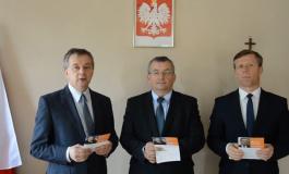 """Poseł Piotr Ćwik- konferencja prasowa """"obiecał i oszukał"""""""