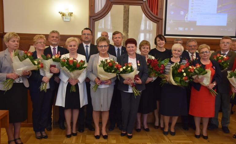 Wyjątkowa sesja Rady Powiatu Krakowskiego