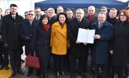 """Podpisanie umowy na dokumentację budowy linii """"Podłęże - Piekiełko"""""""